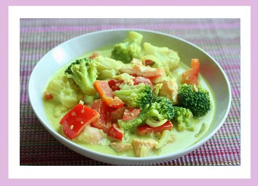 Lachs-Curry mit viiiiiel Gemüse.